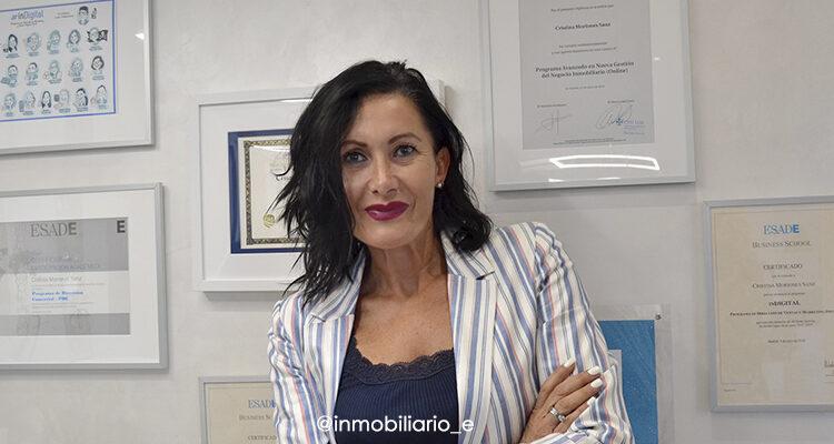 Foto de Cristina Moriones Sanz en su despacho.